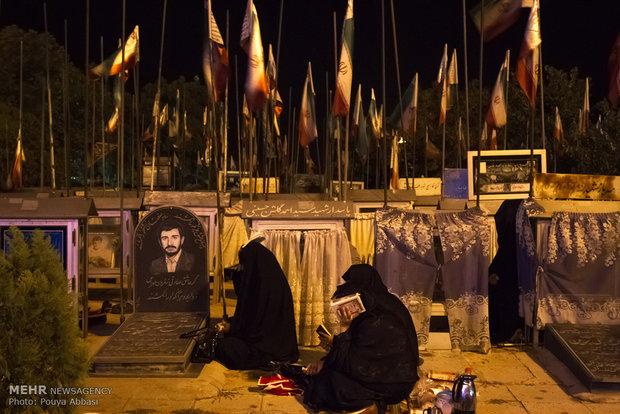 احياء ليلة القدر الثالثة في مدينة تبريز