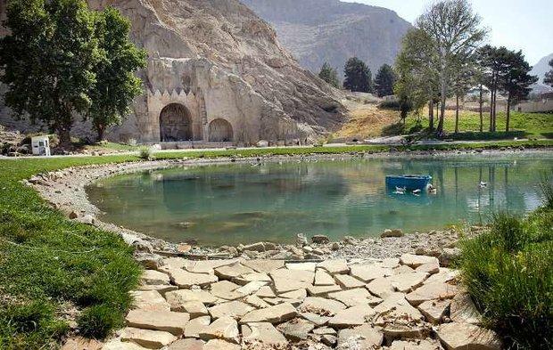چشمه طاق بستان 4