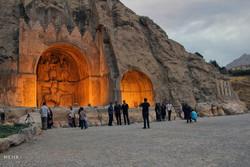 خشک شدن دریاچه طاق بستان در کرمانشاه