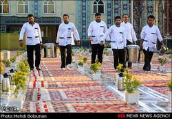 سفره ضیافت آسمانی آستان قدس رضوی در اصفهان برپا شد
