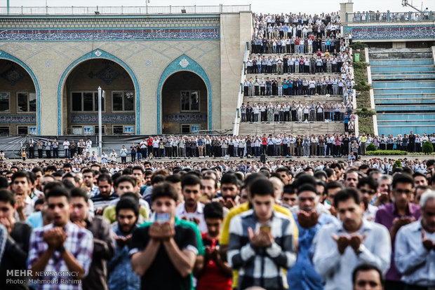 Eid al-Fitr Prayers led by Ayat. Khamenei in Tehran