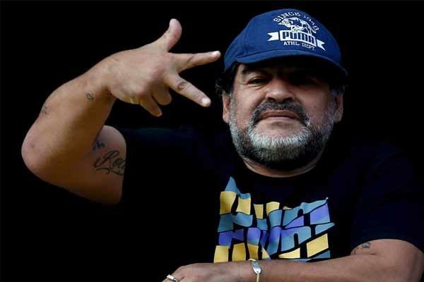 کارلوس تهوس بوکاجونیورز