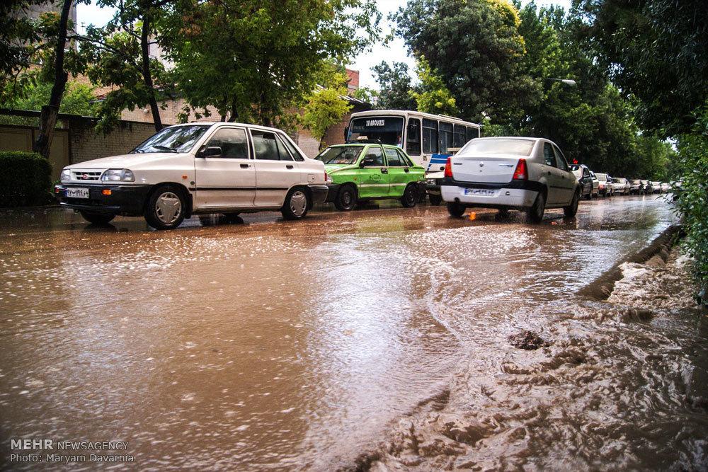 احتمال وقوع سیلاب و آبگرفتگی معابر