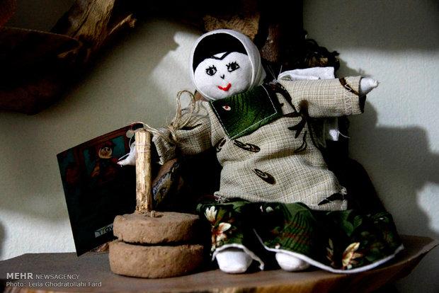 نمایشگاه عروسکهای بومی