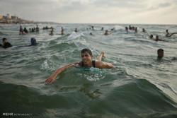 موسم گرما کے ایام میں غزہ کا ساحل