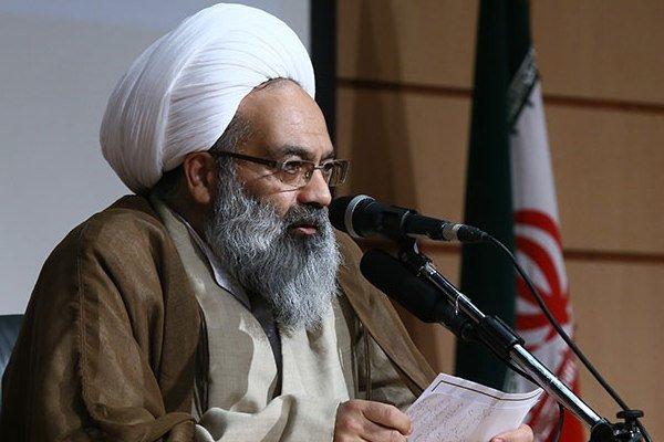 امام صادق(ع) رئیس همه مذاهب است/ نقل ۴۰ هزار حدیث از امام حقایق
