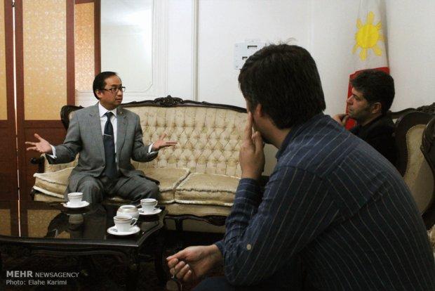 مصاحبه با ادواردو مارتین آرمنیز سفیر فیلیپین در ایران