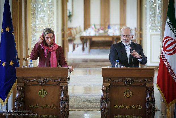 سیاسی ریسک تحقیقی ادارے نے ظریف کو 2015 کی اہم شخصیت قراردیدیا