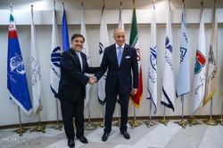 دیدار لوران فابیوس وزیر خارجه فرانسه با عباس آخوندی وزیر راه و شهرسازی