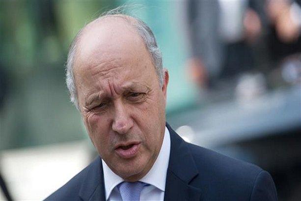 وزير الخارجية الفرنسي يصل طهران