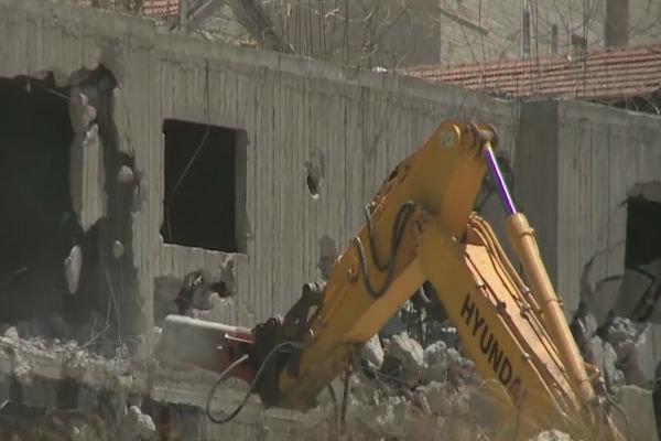 هدم منازل الفلسطينيين من قبل اسرائيل
