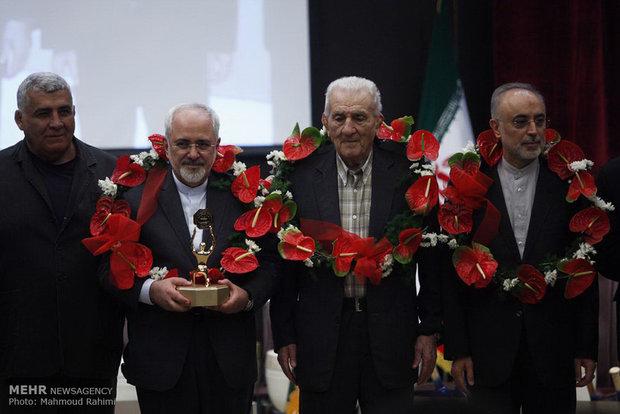 Zarif, Salehi awarded heroic symbol