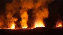"""ایکواڈور کا """" کوٹو پاکسی """" آتش فشاں پہاڑ 148سال بعد دوبارہ متحرک"""