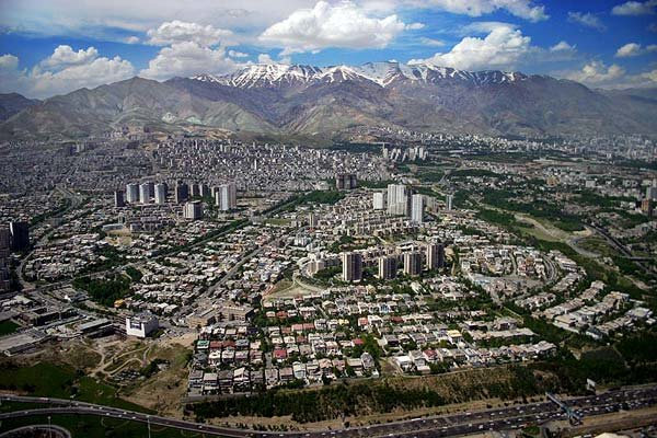 Iran mulling over relocating capital