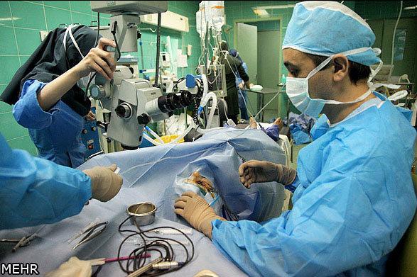 جراحان زیبایی صورت مراقب عوارض بینایی افراد باشند