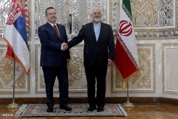 Zarif, Serbian FM discuss bilateral ties