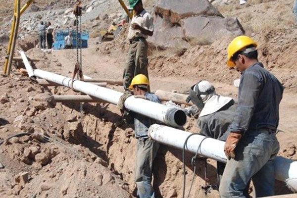 İran iki büyük doğalgaz boru hattı inşa edecek