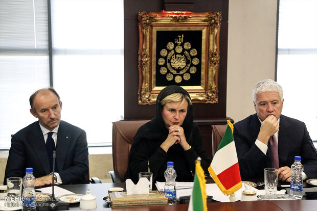 Iran, Italy officials meet