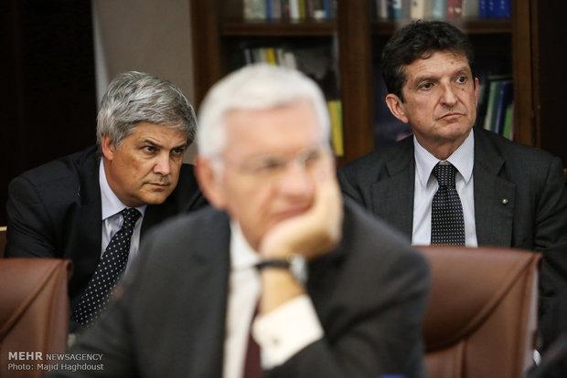 Iran, Italy officials meet