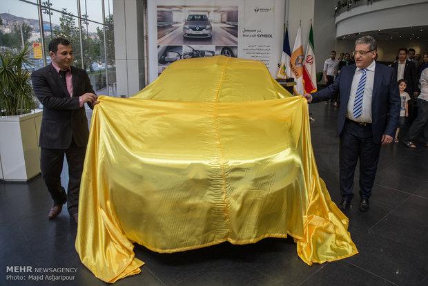 رونمایی از خودرو جدید رنو سیمبل