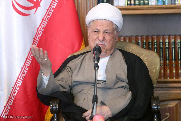 واکنش جهادگران به اظهارات هاشمی/ انقلابیگری به محل تولد نیست