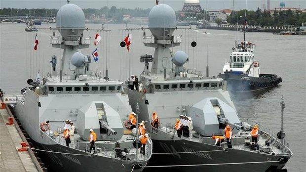 Russian fleet docks in Iran Anzali port