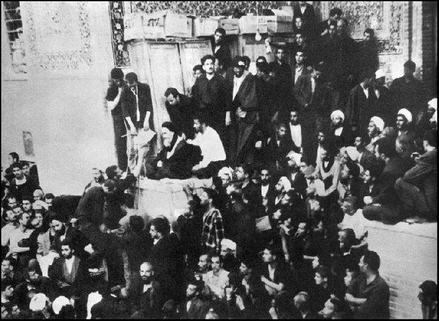 خاطراتی از جنایات رژیم پهلوی در مدرسه فیضیه/ موضعگیری سریع امام
