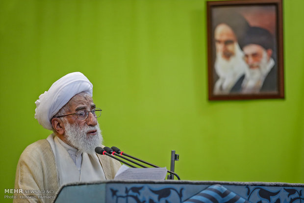 We don't trust West: Senior cleric