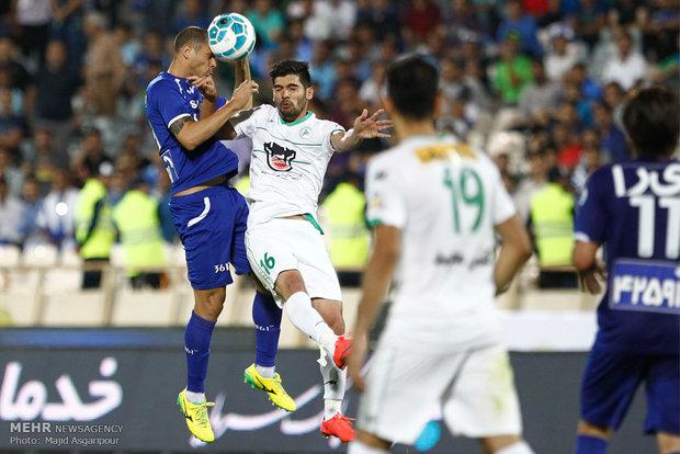 دیدار تیم های فوتبال استقلال و ذوب آهن