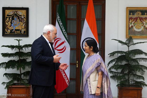 Dışişleri Bakanı Zarif'in Hindistan ziyareti