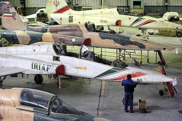 Iran self-sufficient in plane overhaul: Cmdr.