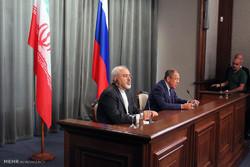 سفر محمد جواد ظریف وزیر امور خارجه به روسیه و دیدار با لاوروف وزیر امور خارجه روسیه