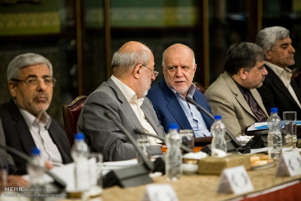 الاجتماع المشترك لمجلس الوزراء والمحافظين