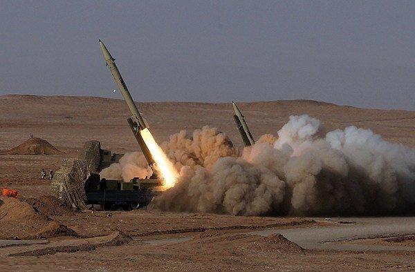 President unveils Fateh 313 HTK missile