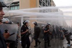 معترضان وابسته به جریان ۱۴ مارس با ارتش لبنان در بیروت درگیر شدند