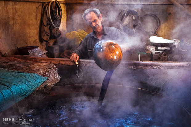 Tebriz'de İplik Boyacılığıılığı