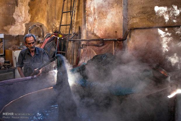 Tebriz'de İplik Boyacılığıriz'de İplik Boyacılığı