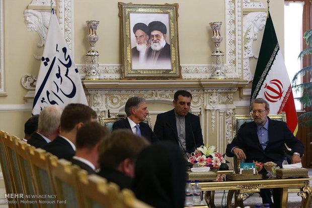 Larijani, Hammond meet in Tehran