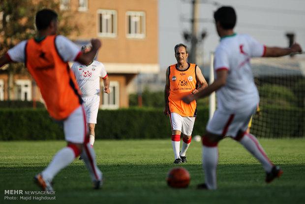 تمرین تیم فوتبال ستارگان ایران