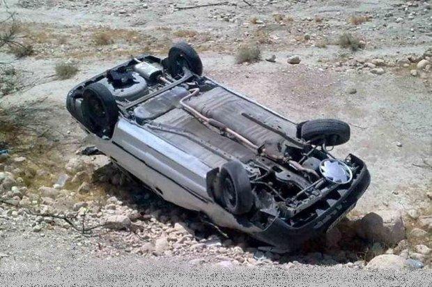 واژگونی خودرو با یک کشته و پنج مجروح/ انفجار کپسول گاز در قم