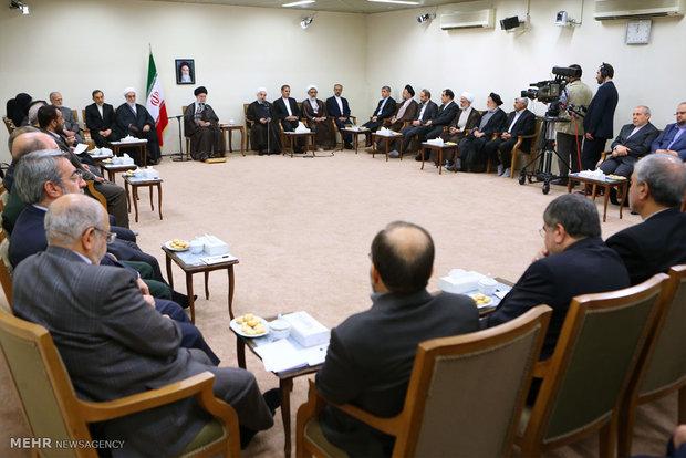 Leader receives President, Cabinet