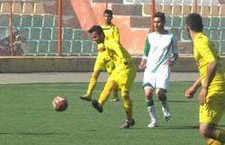 تیم فوتبال سیاه جامگان قم از سد البرز هشتگرد گذشت