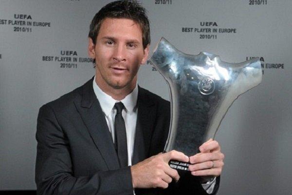 ميسي يتوج بجائزة أفضل لاعب في أوروبا لعام 2015