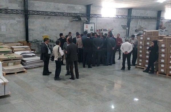 رئیس کل بانک مرکزی از واحدهای اقتصادی بوشهر بازدید کرد