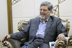 روایتی متفاوت از حمایت امام و رهبر انقلاب از دولتها/ رئیسجمهور باید به مجلس پاسخگو باشد