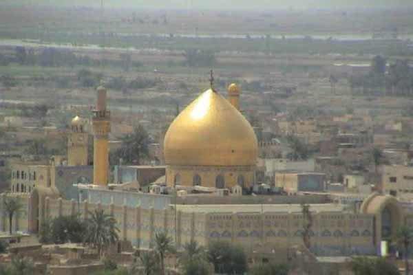 افتتاح قبة مرقد الإمامين العسكريين (ع) بسامراء بعد طلائها بالذهب