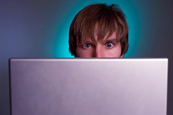 رابطه اعتیاد به اینترنت با بیش فعالی