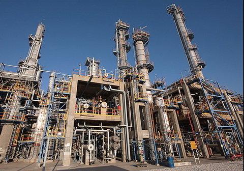 İran'ın eski rafinerileri restore edilecek