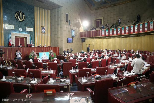النتائج الاولية غير الرسمية لانتخابات مجلس خبراء القيادة في طهران