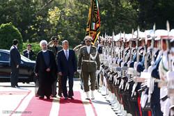 قرقیزستان کے صدرکا تہران  میں باقاعدہ استقبال